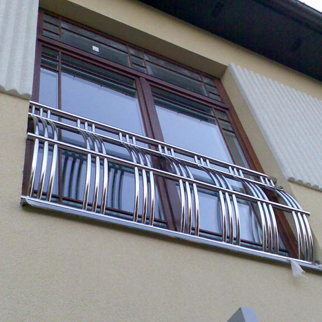 Балконне огороження з нержавійки