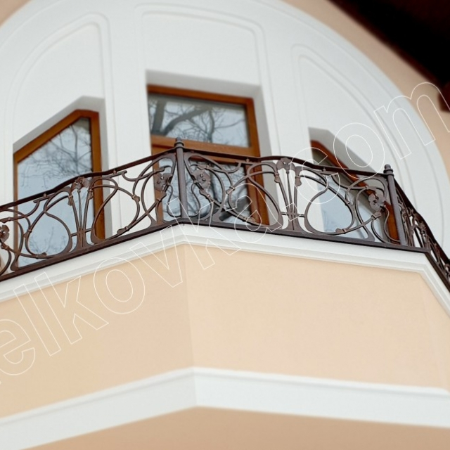 Кування балкона модерн