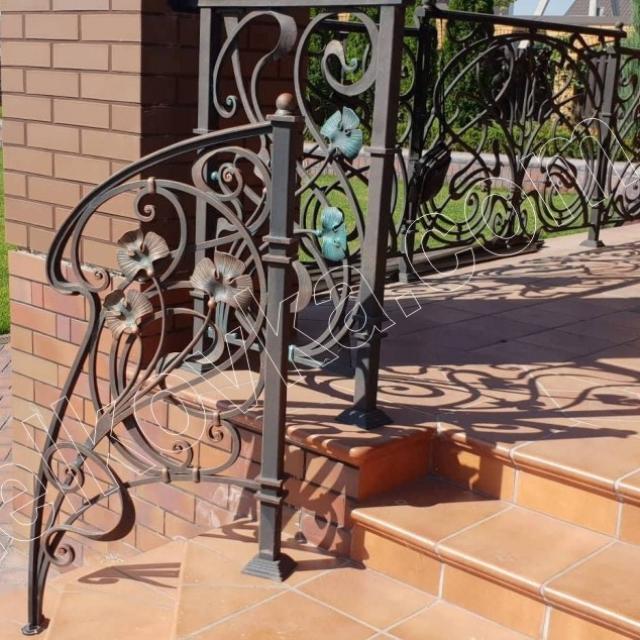 Ковані сходи тераси