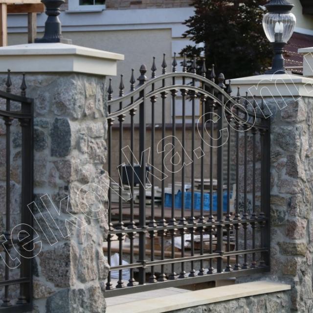 Прозорий паркан кування
