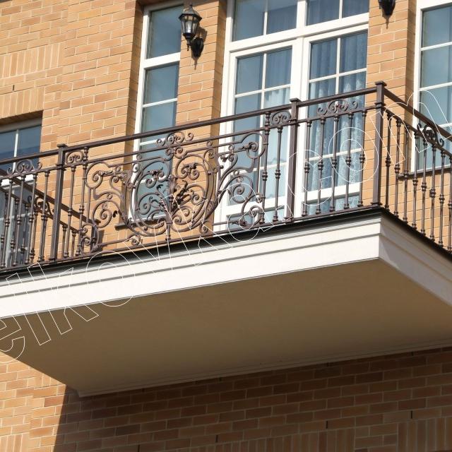 Кована балконна огорожа