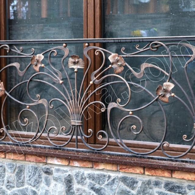 Кований французький балкон