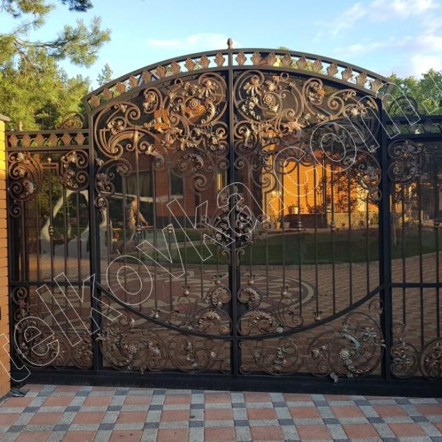Ковані в'їзні ворота