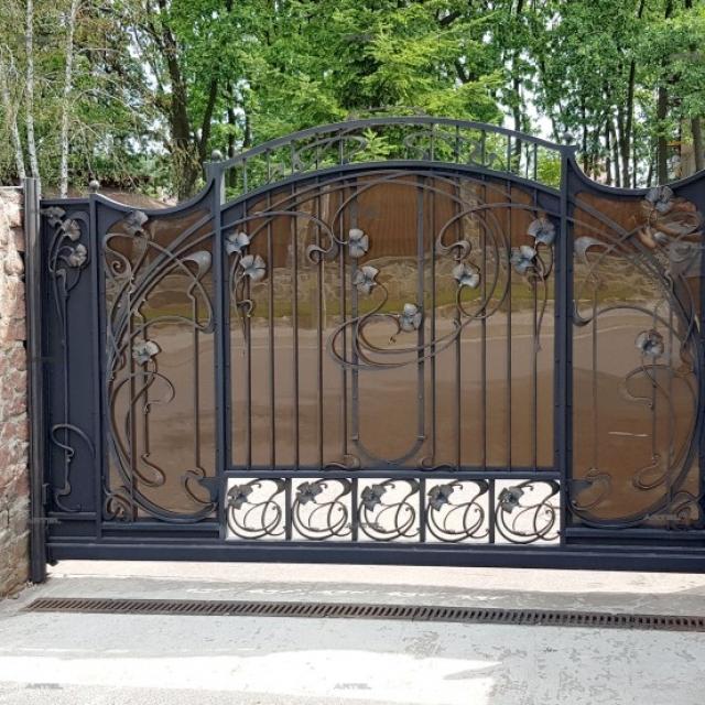 Ворота ковані відкатні Романків Київська область