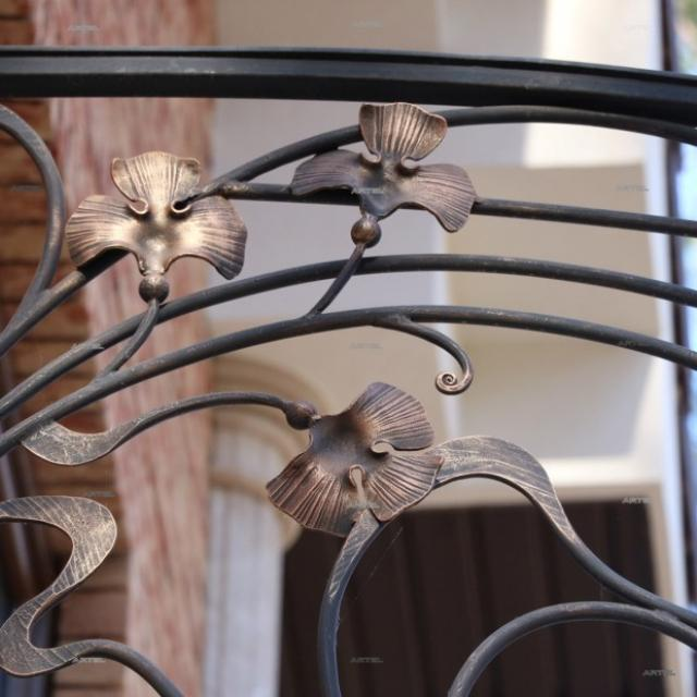 Балкон круглий, фрагмент