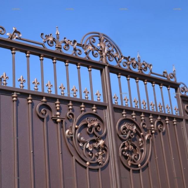 Красиві ковані ворота