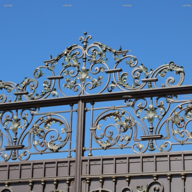 Ворота ковані з листом