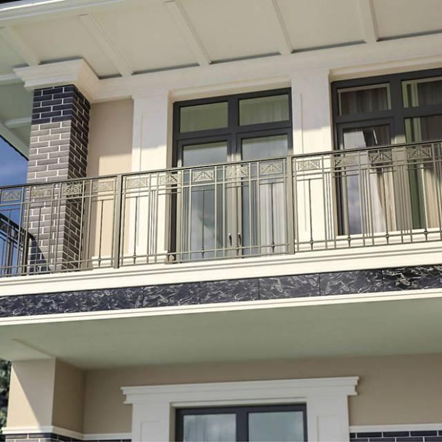 Сучасні перила балкона