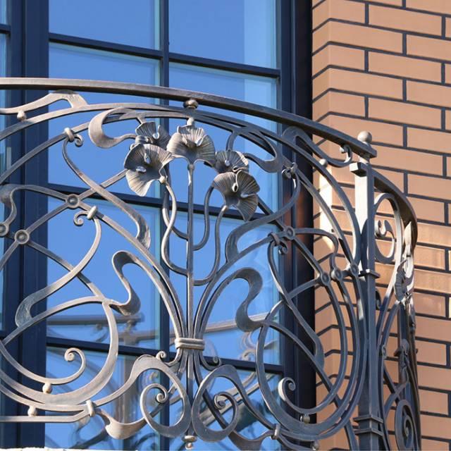 Сучасне кування на балкон